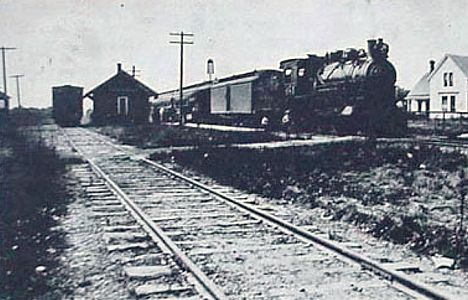 PM Dtevensville Depot with train
